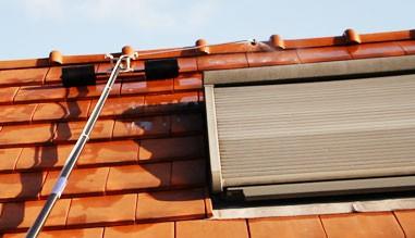 Perche Beky - matériel pour traitement de toitures par ...